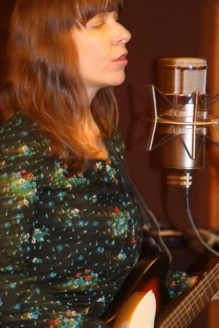 Eleni Mandell during her exclusive live video session for Luxury Wafers, recorded at Chessvolt Recording Studio