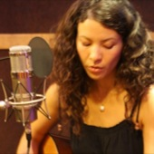 Mia Doi Todd performing live at Chessvolt Studios for Luxury Wafers